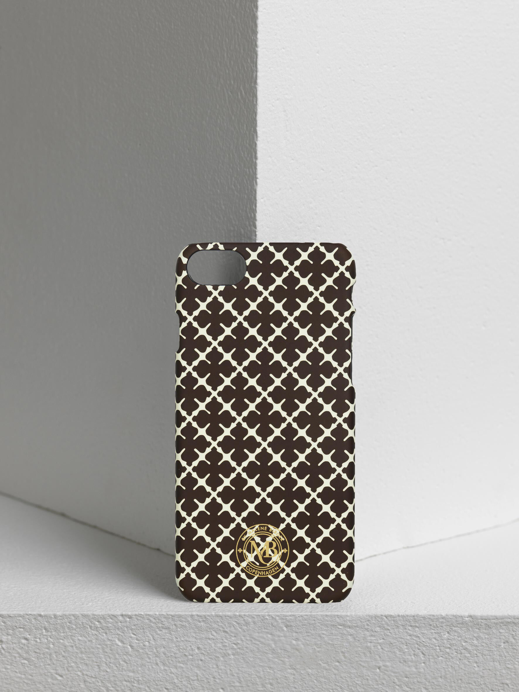 Pamsy iPhone 7/8 cover - Buy Signature Flower collection online